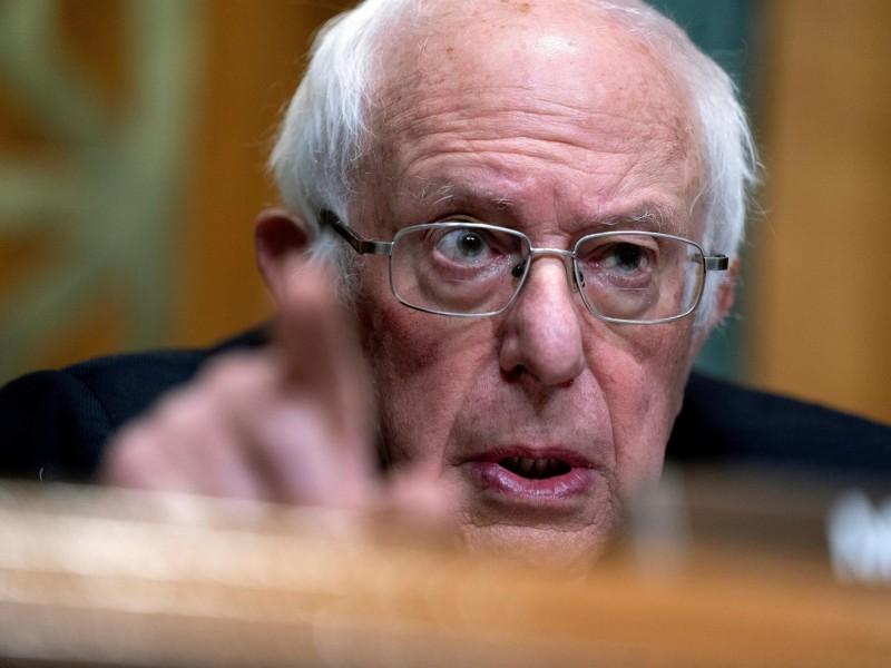 EEUU debe unir a la gente, no vender armas: Sanders