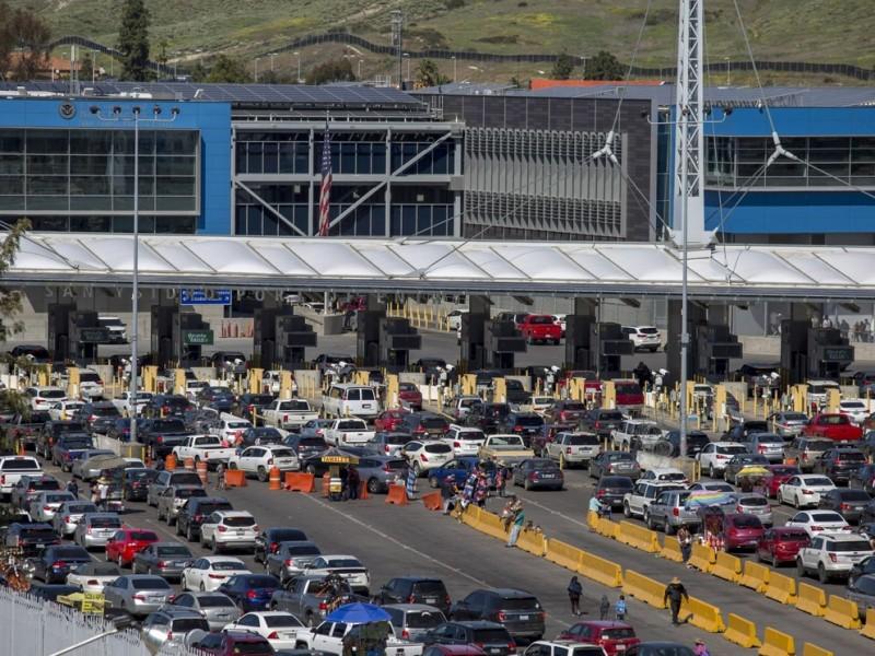 EEUU extiende restricciones con México y Canadá hasta julio