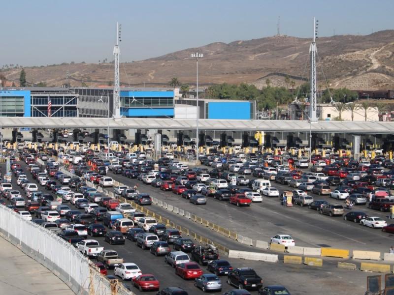 EEUU extiende restricciones fronterizas con México y Canadá