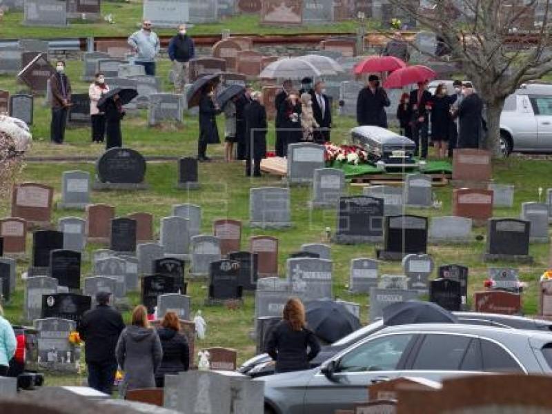 EEUU registra más de tres mil muertes en 24 horas