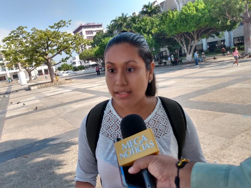 Egresados normalistas demandan plazas