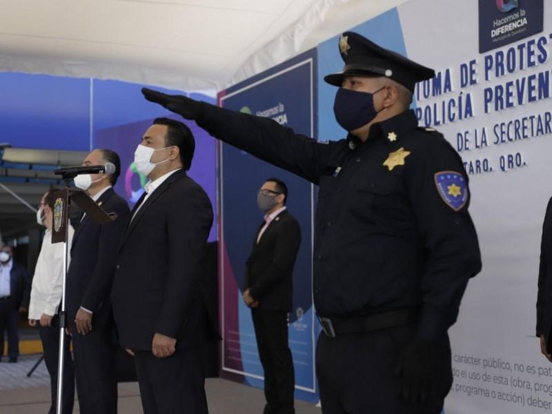 Egresan 46 nuevos policías municipales de Querétaro