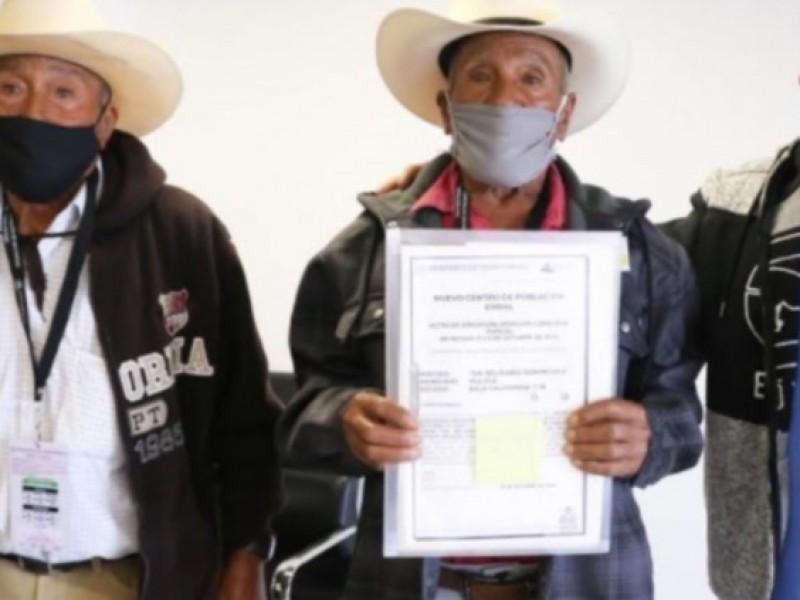 Ejidatarios reciben títulos de propiedad luego de casi 100 años
