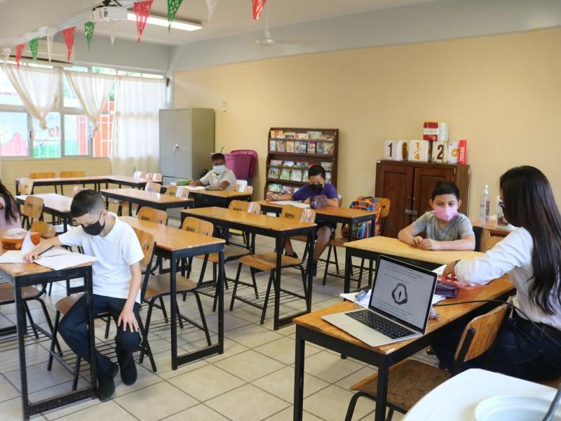 El 50% de planteles de enseñanza básica tienen clases presenciales