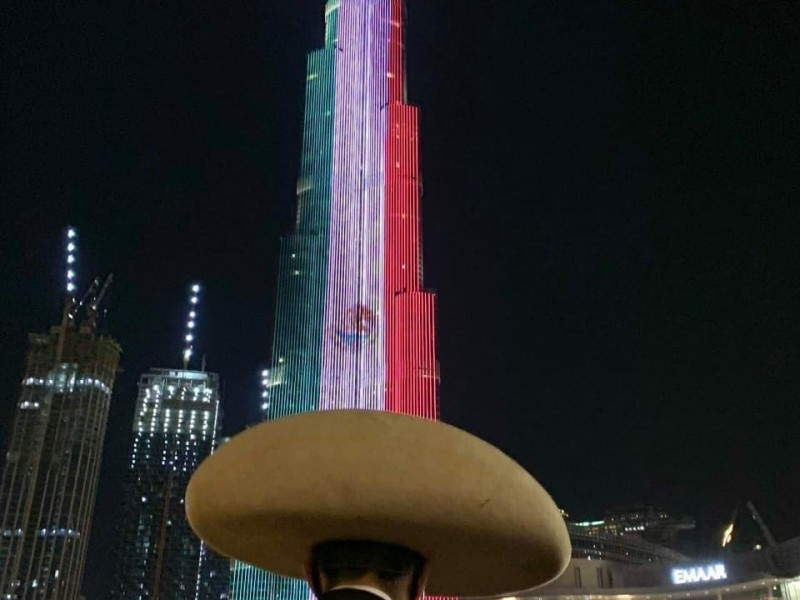 El Burj Khalifa de Dubai festeja la independencia de México