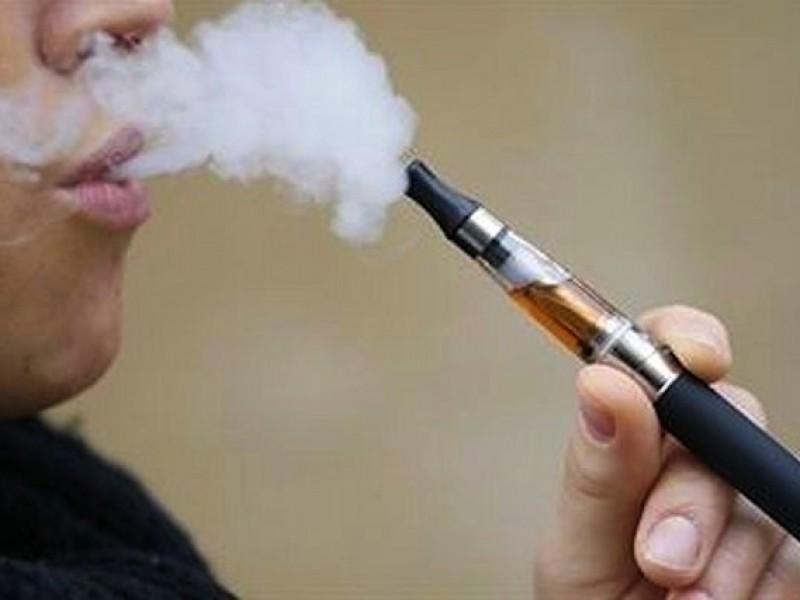 El cigarrillo electrónico es potencialmente dañino, afirman especialistas