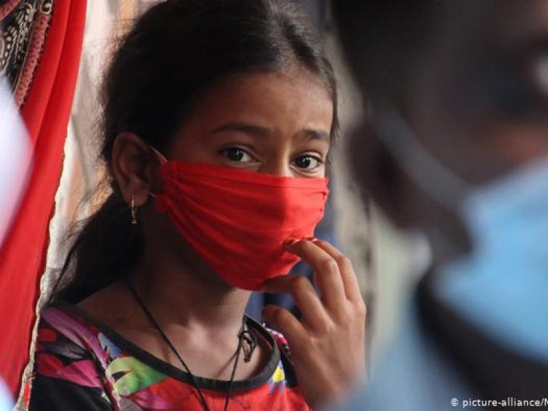 El mundo supera los 136 millones de infecciones por SARS-COV-2