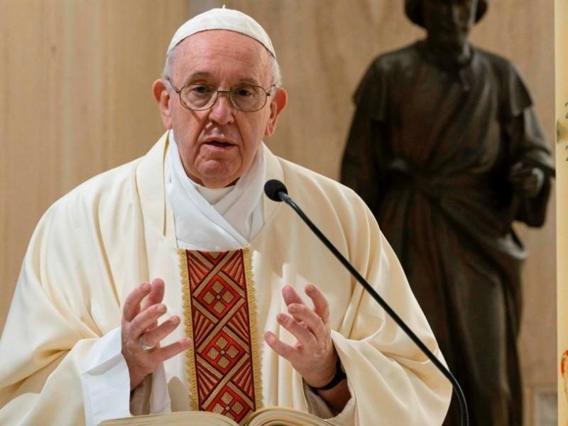 El papa pide proteger los valores democráticos en EEUU