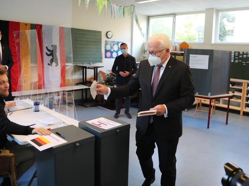 El presidente alemán llama a votar por rumbo del país
