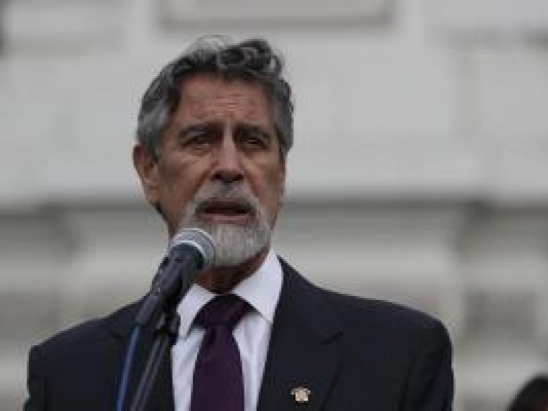 El presidente de Perú será el primero en vacunarse