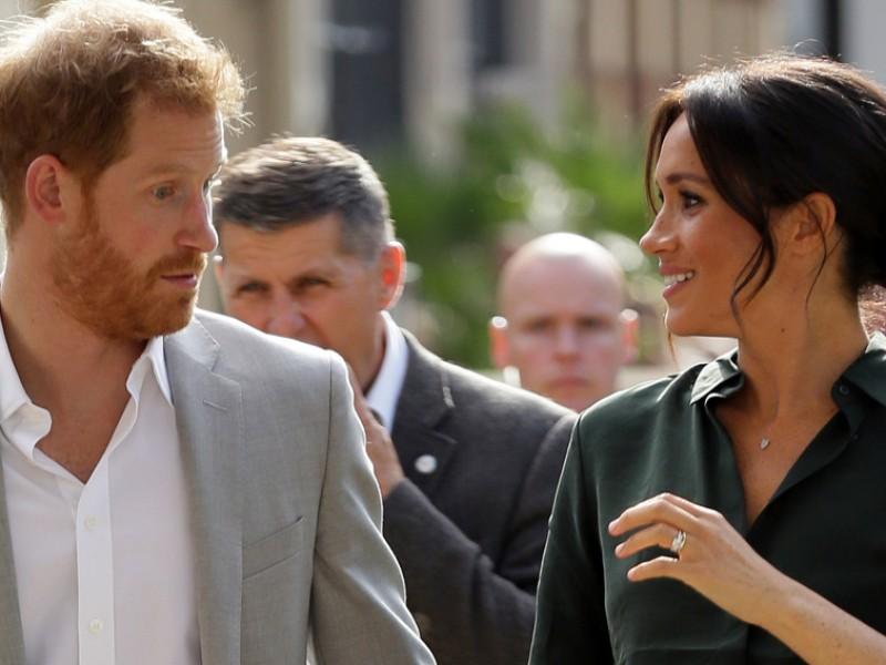 El Príncipe Harry y Meghan Markle esperan bebé
