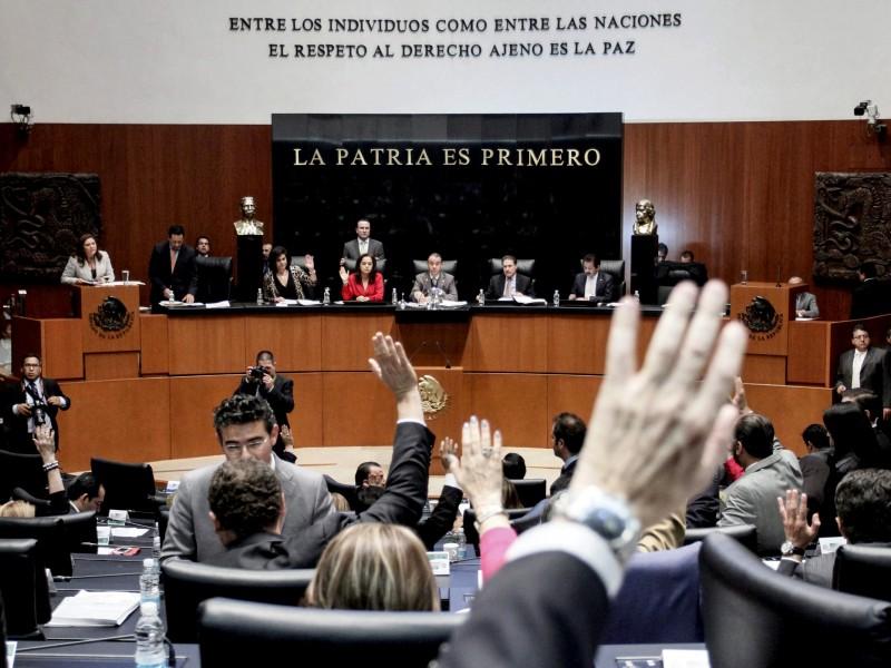 Senado reparte 45 comisiones