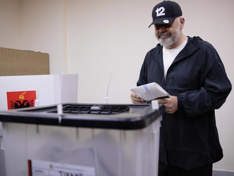 El socialista Rama gana de nuevo las elecciones albanesas