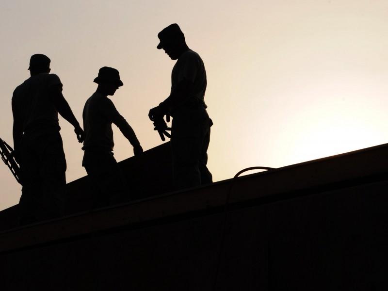 Elevan competitividad laboral y profesional a prestadores de servicio