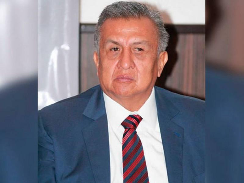 Emiten alerta migratoria contra el diputado Saúl Huerta