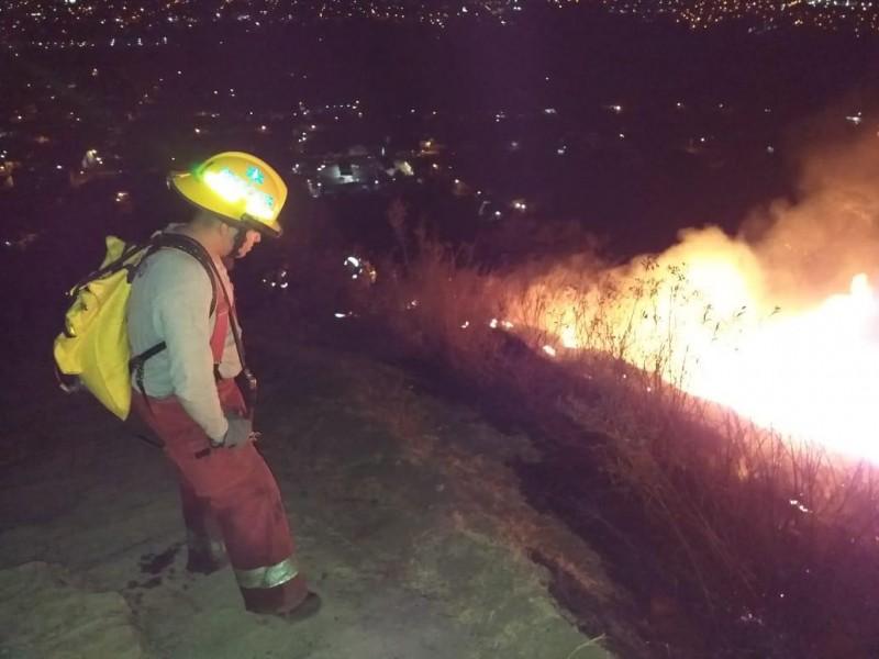 Emiten recomendaciones tras incendio en Jicalán Uruapan