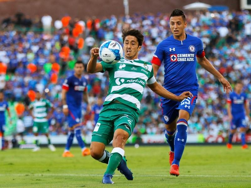 Emocionante empate entre Santos y Cruz Azul