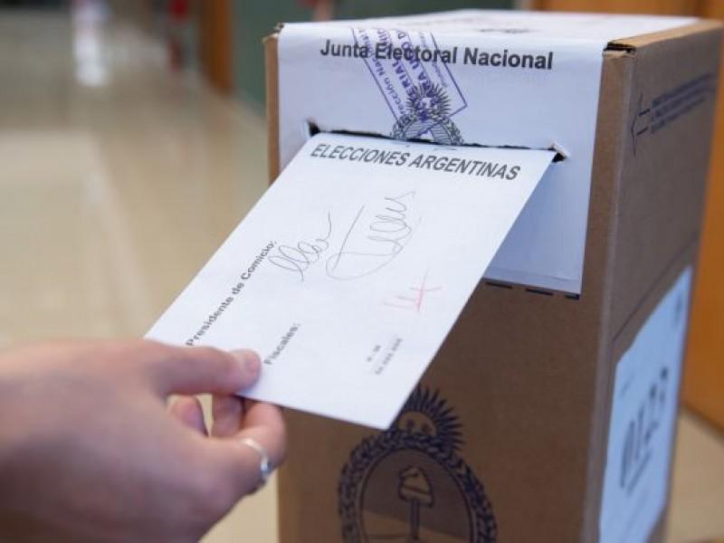 Empiezan elecciones en Argentina