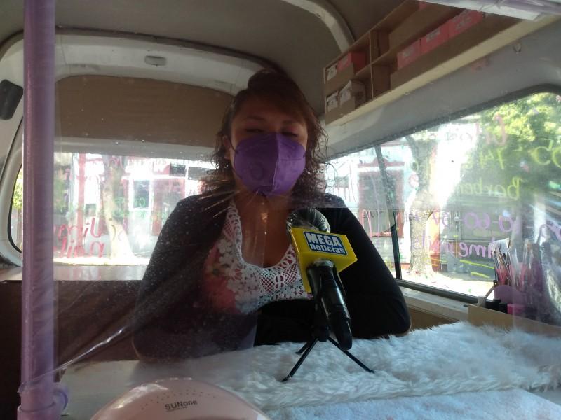 Emprende servicio de uñas móvil en Toluca