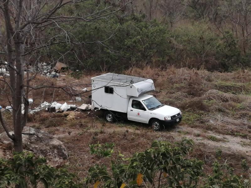 Empresa utiliza terreno para arrojar escombros de su propiedad
