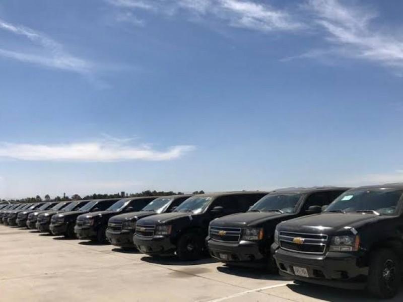 Empresario adquiere camioneta blindada en 1.6 mdp
