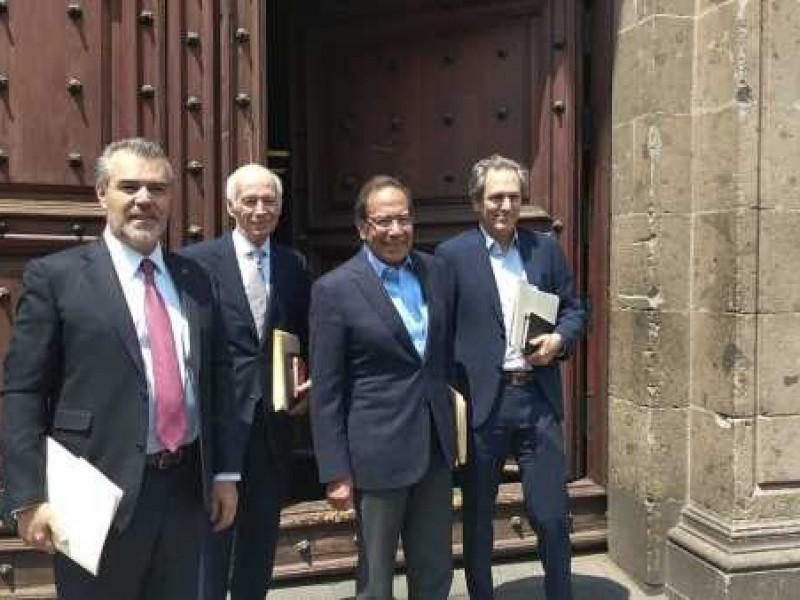 Empresarios cierran filas con el presidente AMLO