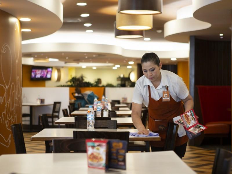 Empresarios de bares y restaurantes abrirían el 1 de junio