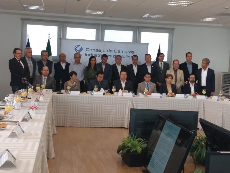 Empresarios de Jalisco en contra de iniciativa Outsourcing