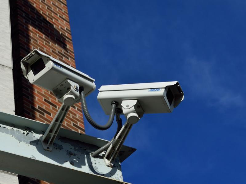 Empresarios invierten mayores recursos en vigilancia por inseguridad