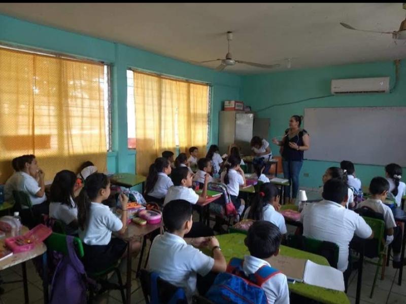En 70 escuelas del Petatlán instalarán Centros Comunitarios de Aprendizaje