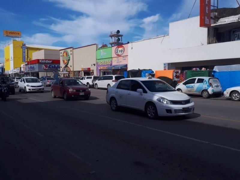 En el centro, prisas y tráfico