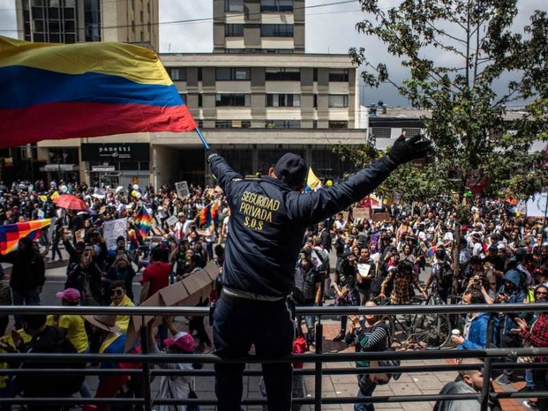 En medio de protestas, empeora situación por Covid en Colombia