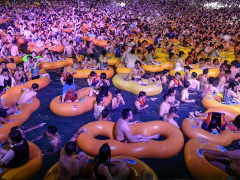 En plena pandemia Covid-19, china organiza mega fiesta