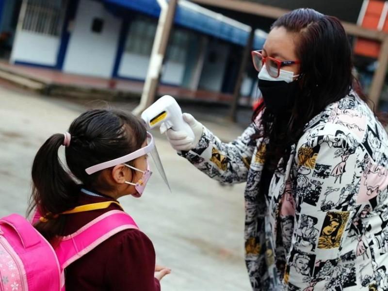 En Querétaro disminuyen 371 casos COVID-19 en dos días