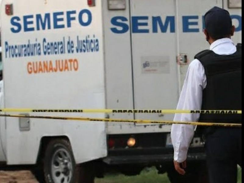 En Salvatierra, asesinan a tres personas mientras dormían.