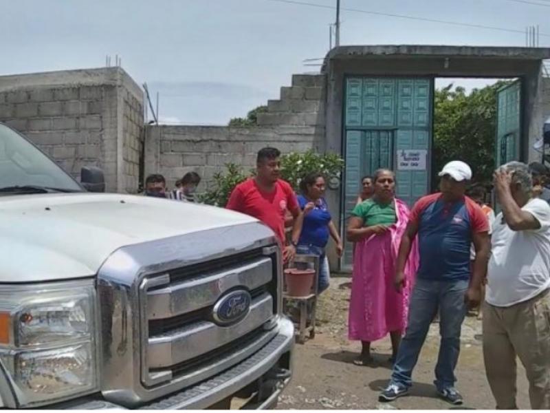 En San Blas Atempa, rechazan camiones de basura de SalinaCruz