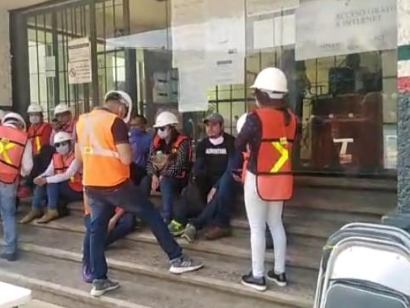 En Tenejapa llevan dos sexenios pidiendo carretera no les cumplen