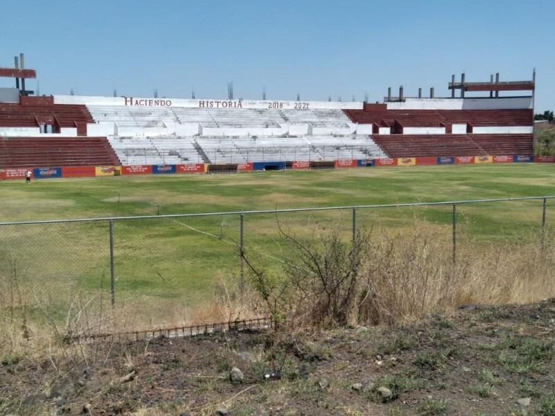 En total abandono, estadio de La Beatilla en Zamora