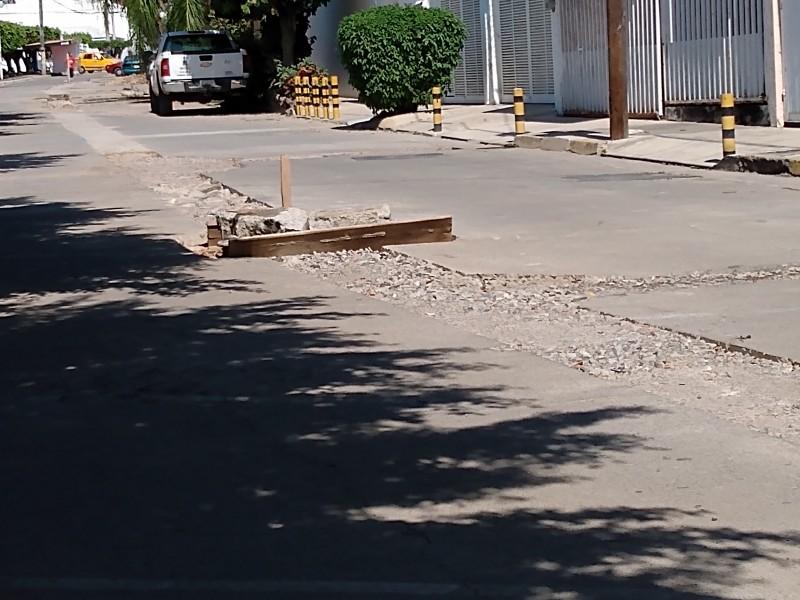 En total abandono obra de la calle Roma