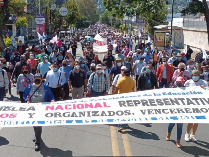 Encabeza CNTE mitin en Acueducto tras marcha en Morelia