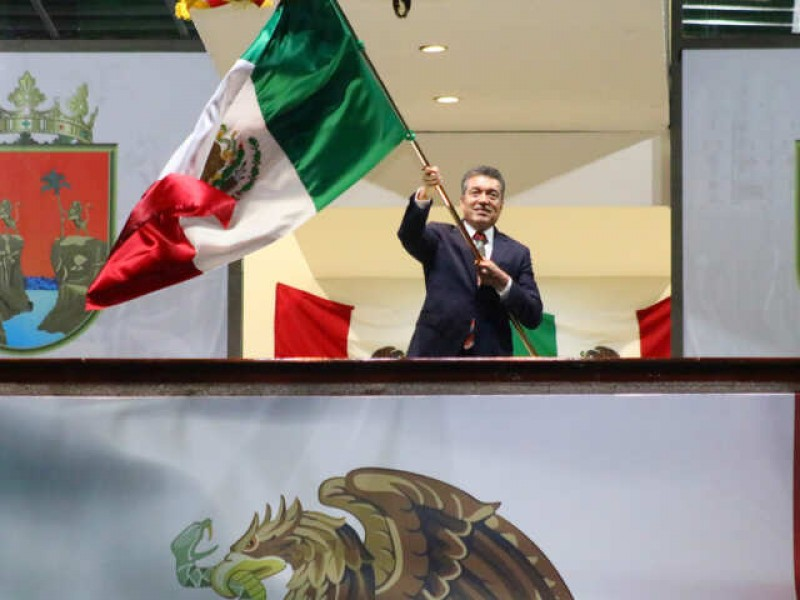 Encabeza Escandón Cadenas 211 aniversario de la Independencia de México
