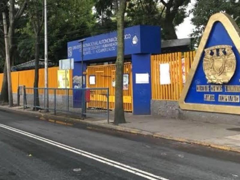 Encapuchados hieren a alumna en CCH Azcapotzalco
