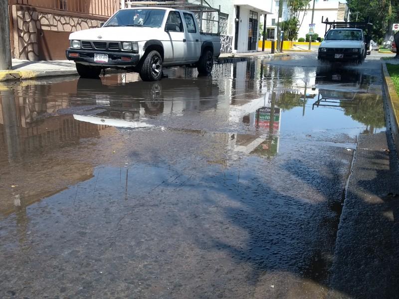Encharcamiento de avenida Juárez, problema añejo