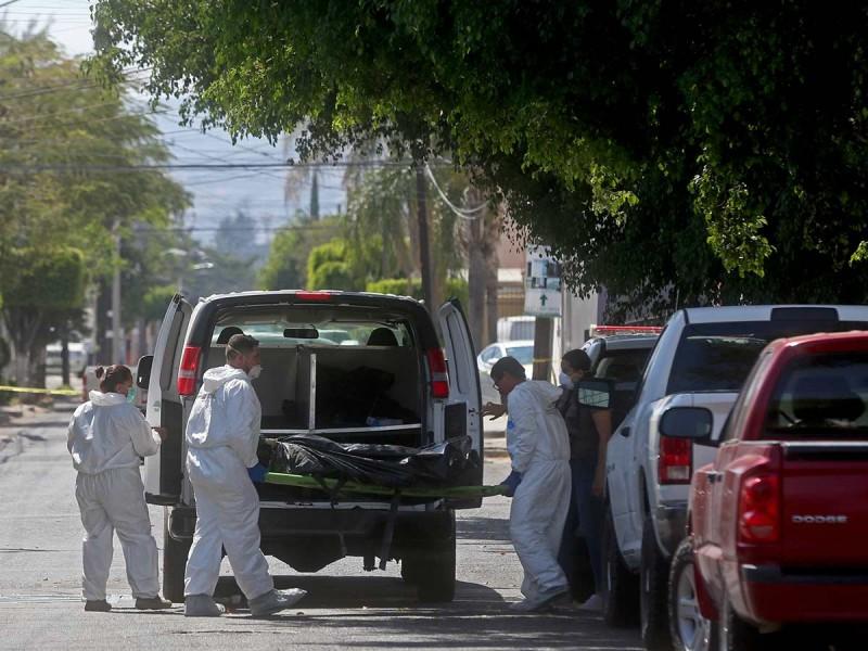 Encuentran 35 cuerpos en Guadalajara