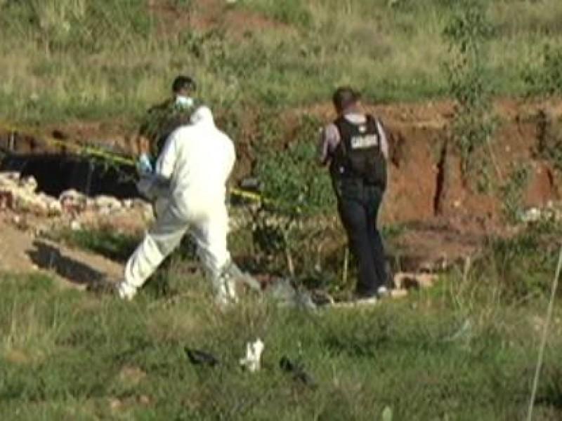 Encuentran cuerpo en fosa clandestina