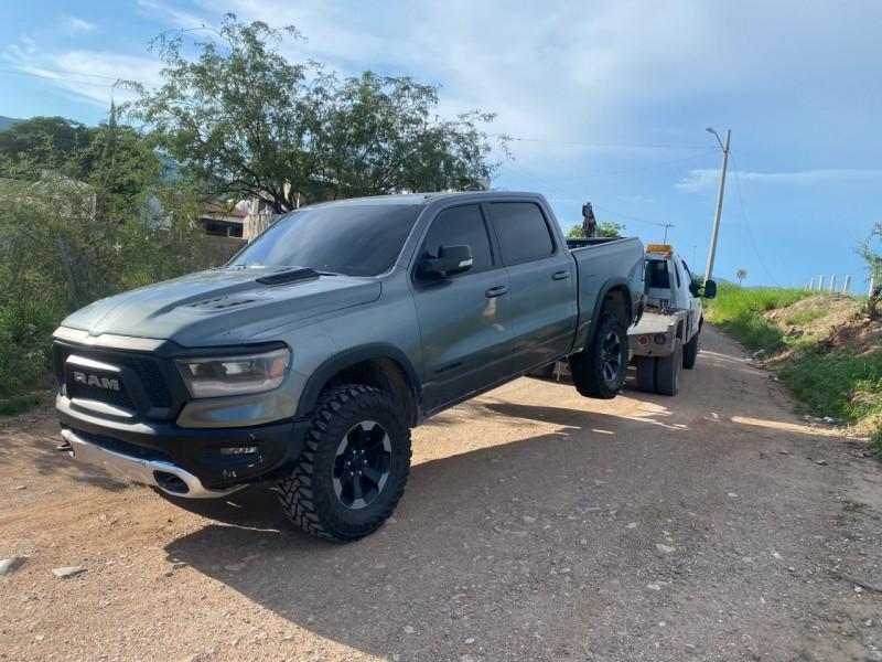 Encuentran en Magdalena vehículos robados en Estados Unidos