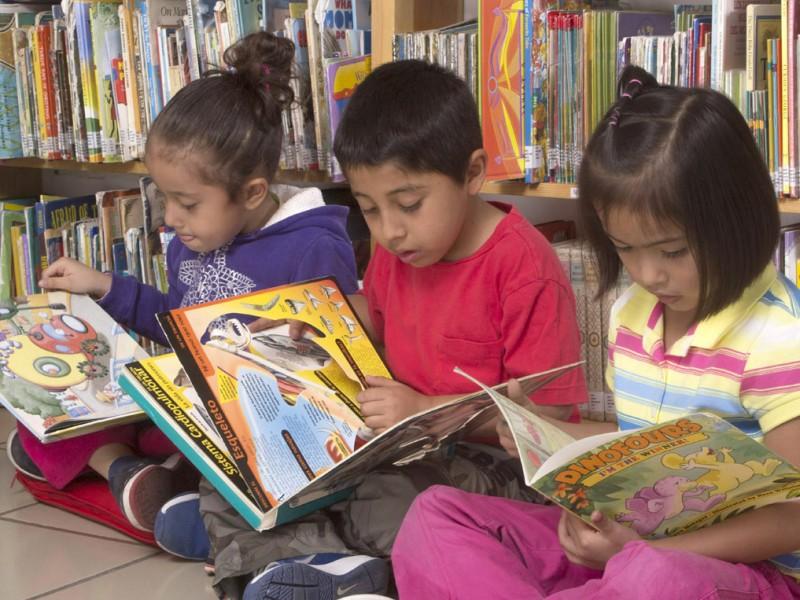 Encuentro de lectores infantiles y juveniles
