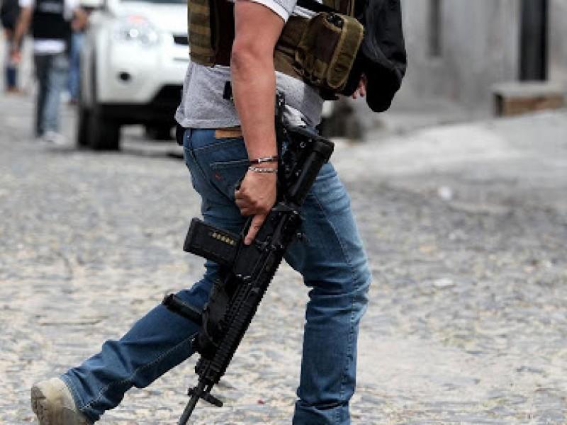 Enfrentamiento armado deja dos muertos y 10 lesionados