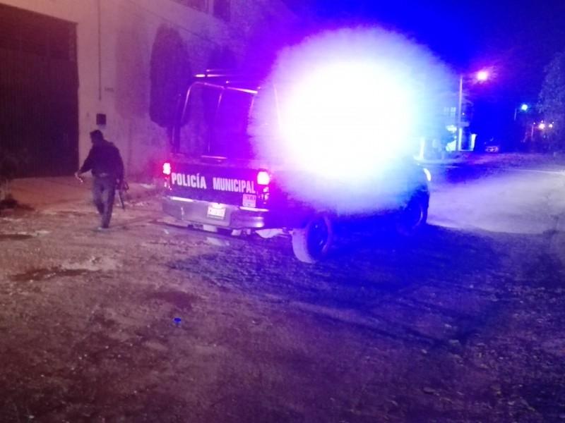 Enfrentamiento deja policía muerto y dos lesionados