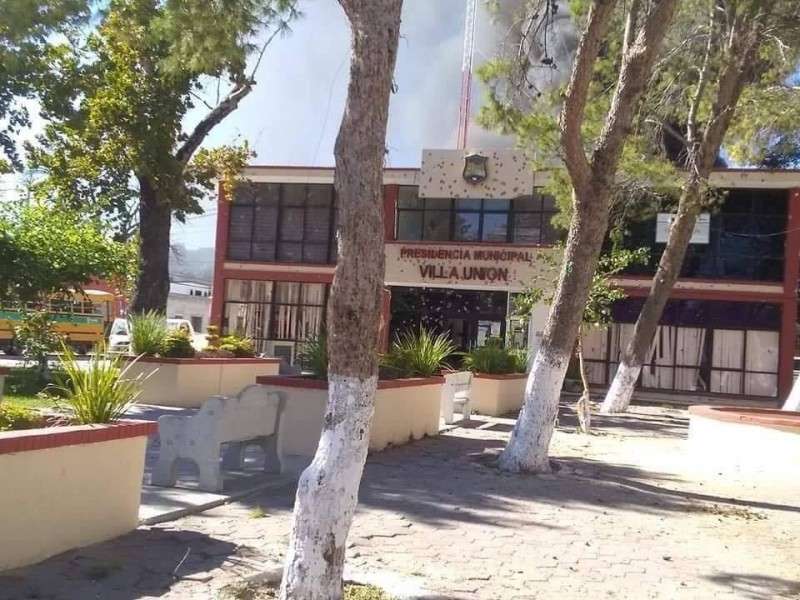 Sube a 21 los muertos en Villa Unión